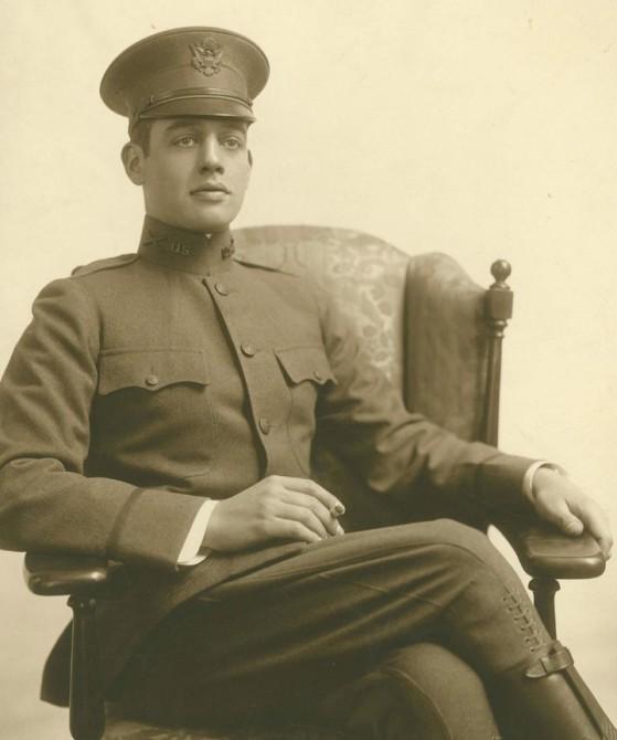 JohnBallantinePitney_in_Uniform_1917